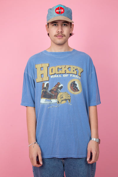 faded blue tee with ice hockey graphic - vintage - magichollow