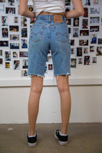 Load image into Gallery viewer, Levi's Cut-Offs
