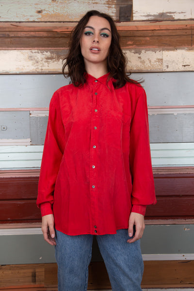 Red silk shirt, magichollow