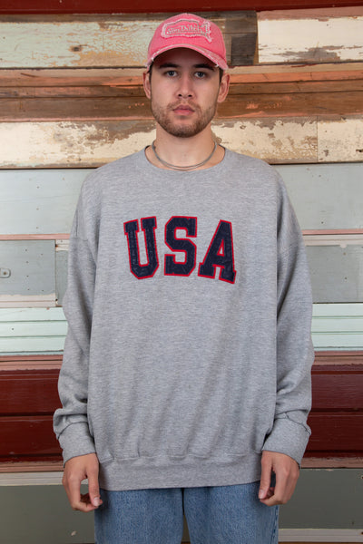 usa sweater. 90s vintage. magichollow.