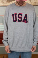 Load image into Gallery viewer, usa sweater. 90s vintage. magichollow.