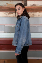 Load image into Gallery viewer, Model wearing Levis jacket, magichollow
