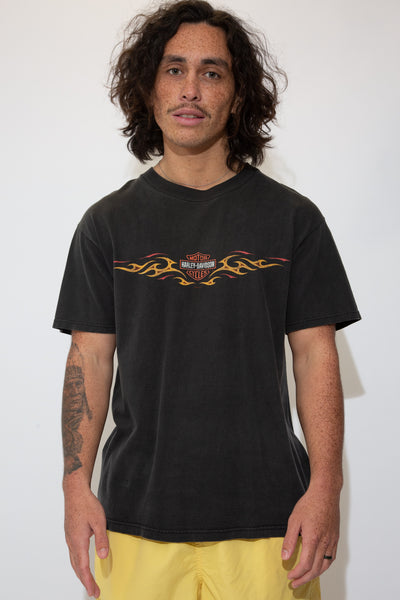 harley davidson graphic tee in black. 90s vintage. magichollow.