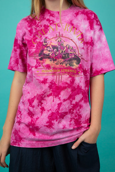model wearing pink tie dye tee, magichollow