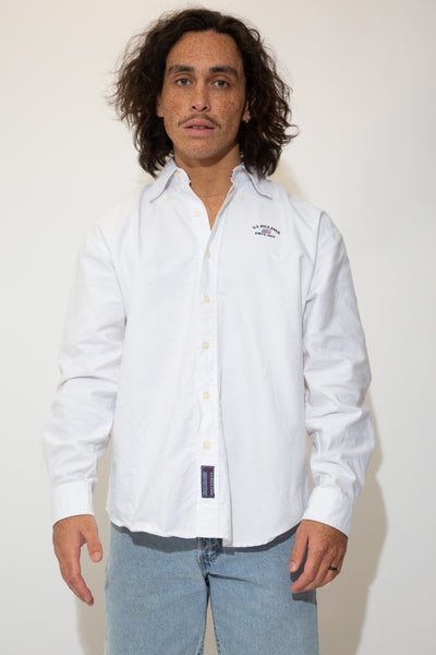 U.S Polo button up in a white colour-way. 90s vintage. magichollow.