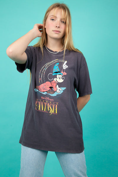 model wearing disney tee, magichollow