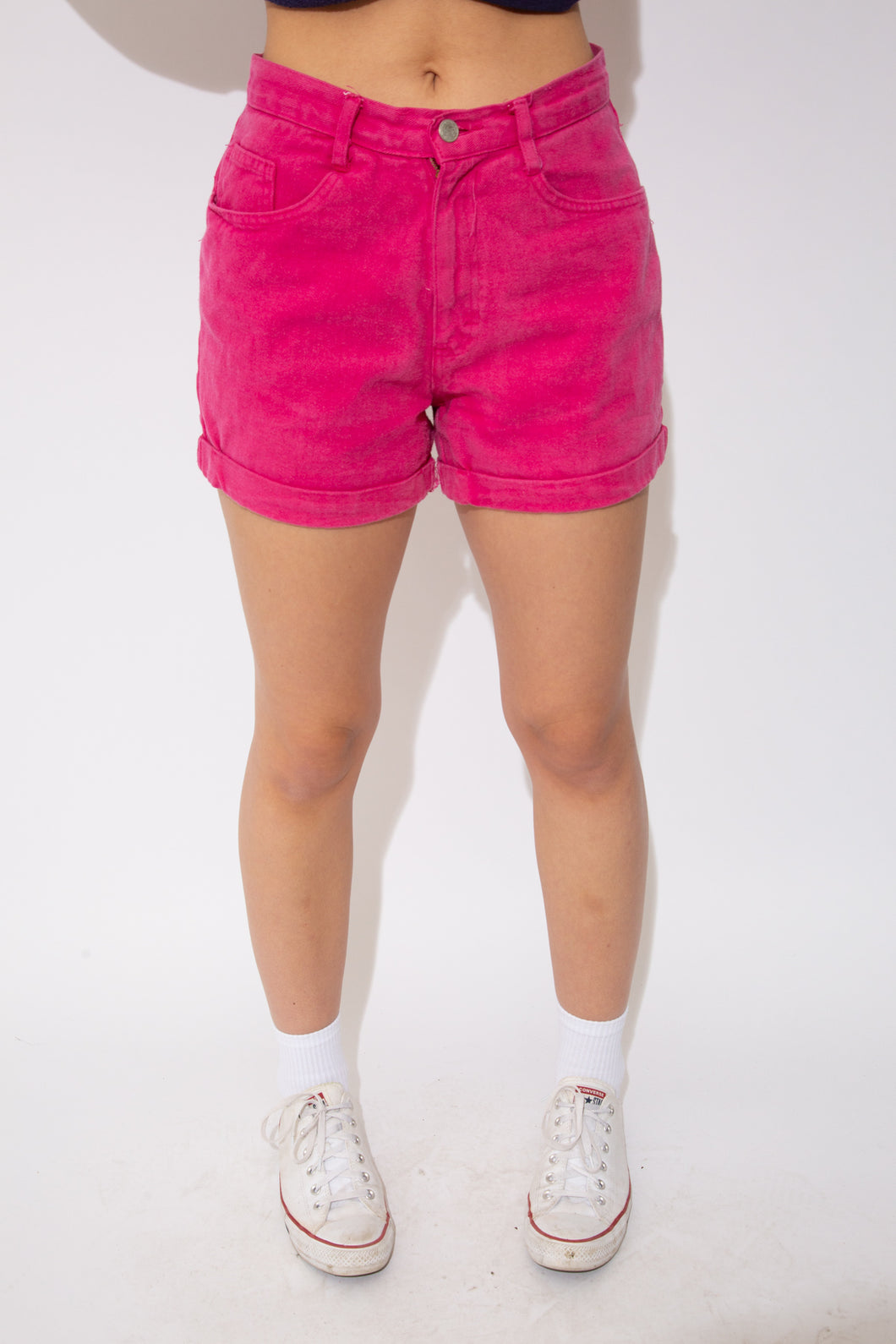 Model wearing Miami shorts, magichollow
