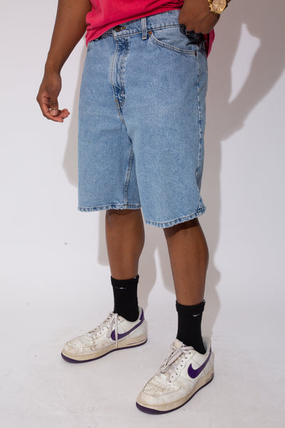 levis denim shorts. 90s vintage. magichollow.