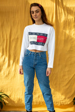 Load image into Gallery viewer, Tommy Hilfiger Crop Sweater