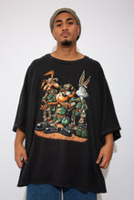 Load image into Gallery viewer, looney tunes graphic tee. 90s vintage. magichollow.