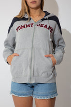 Load image into Gallery viewer, tommy hilfiger hooded sweater with a zip up front