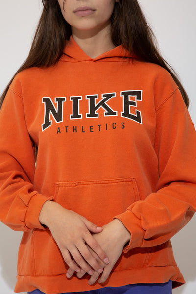 nike hooded sweater in orange. 90s vintage. magichollow.