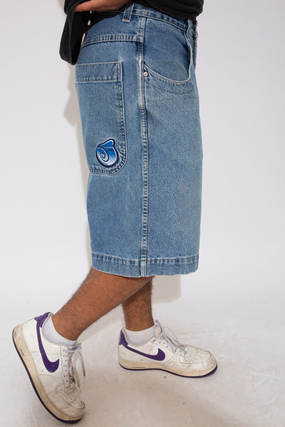 jnco denim shorts. 90s vintage. magichollow.