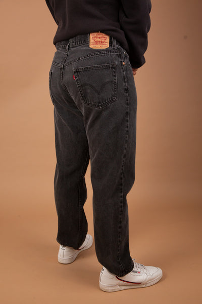faded black 505 levis straight cut jeans