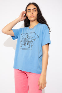 blue tee with black graphics on the front and the back. Single stitch vintage tee - magichollow