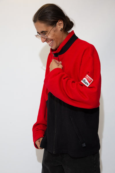 marlboro zip up sweater in red an black. 90s vintage. magichollow.