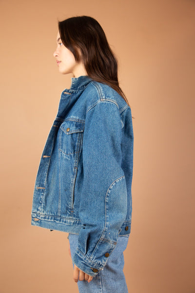 model wearing Clavin Klein Denim Jacket, magichollow