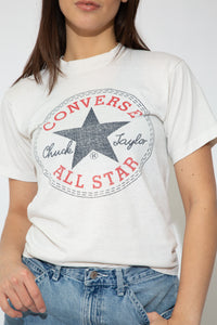 model wearing converse top, magichollow