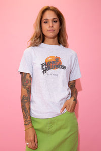 Grey in colour, this single-stitch tee has a colour Planet Hollywood logo on the front, repping New York below.