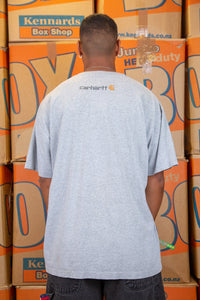 Grey in colour, this tee has a black 'Carhartt' spell-out across the front with a brown Carhartt logo on the left.
