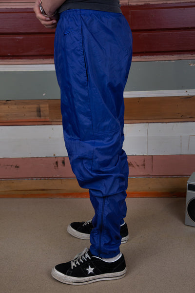 nike trackpants. 90s vintage. magichollow.