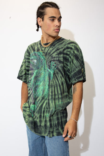 Hop into this slickety sick tee now! With its green and black tie-dye colour way and large reptilian print on the front and back