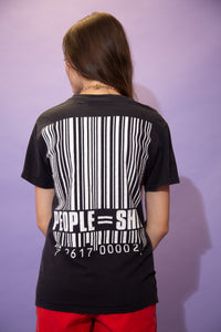Black in colour, this tee has a large red and white 'Slipknot' spell-out across the front. On the back is a large barcode with 'people=shit' printed below. Dated 2007, pair with ripped jeans and Doc Martens for a 90's grunge fit!