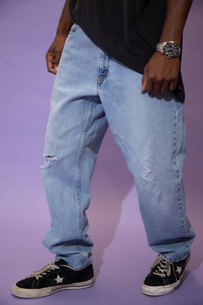 Distressed Levi's 550 Jeans