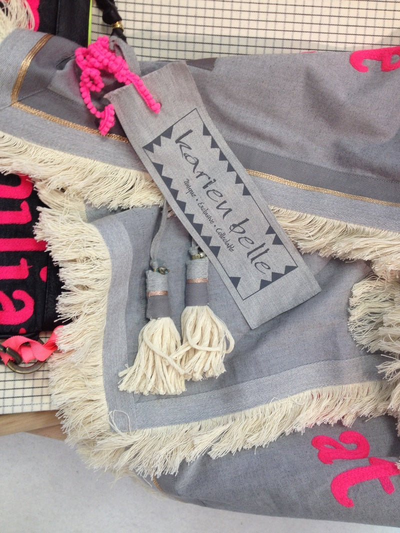 Poetry on Wool - scarves by Karien Belle
