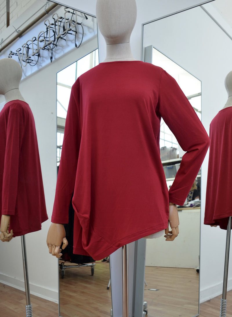 Moyuru Red Rayon Round Neck Top Art Number 183025