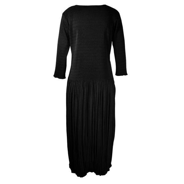 Tiffany Treloar Fleur Pleat Dress with 3/4 Sleeve Black Back