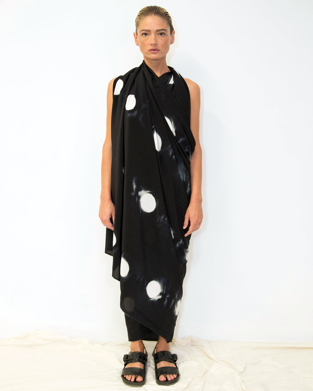 33 Big Dot Shibori Scarf Black
