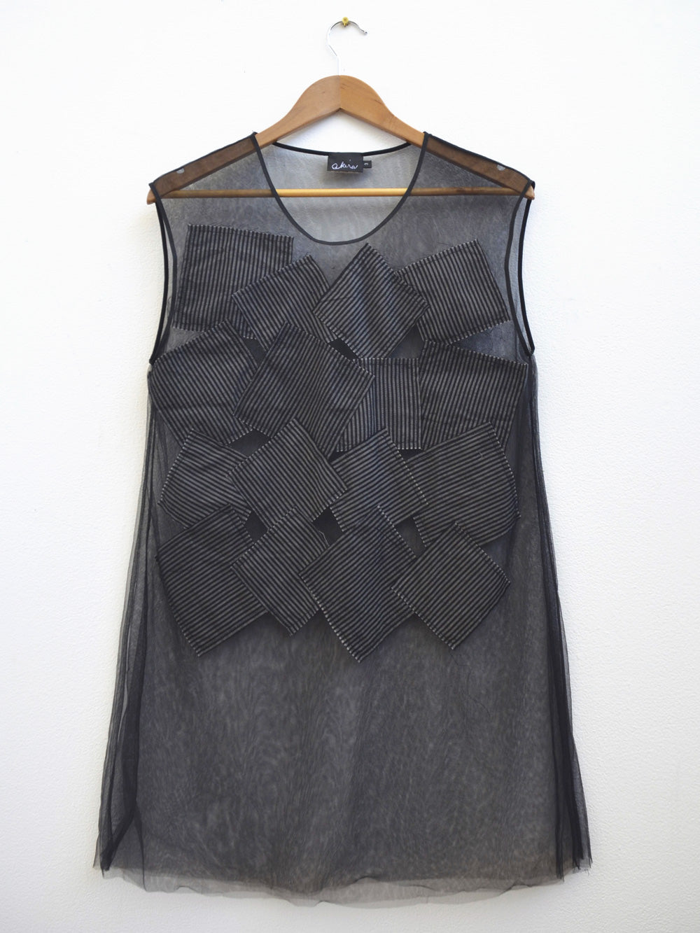 Akira Square Applique Tulle Sleeveless Top Ink 300/S193466