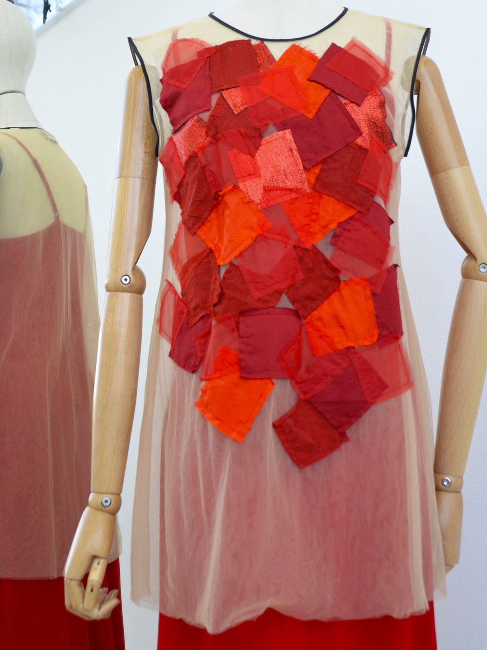 Akira Square Applique Tulle Sleeveless Top Red 916/S193466