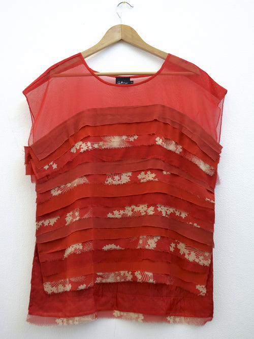Akira, Horizontal Tiered Sleeveless Tee Butterfly Red Red - Tiffany Treloar