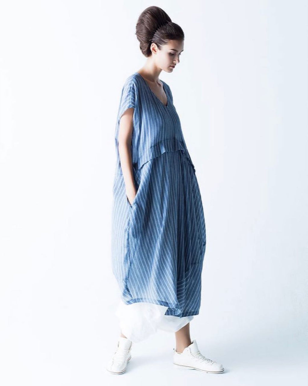 Moyuru Blue stripe dress 191662
