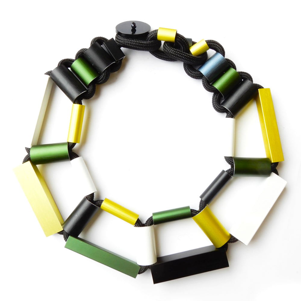 CB200 cylinders and rectangles short necklace - lime/white