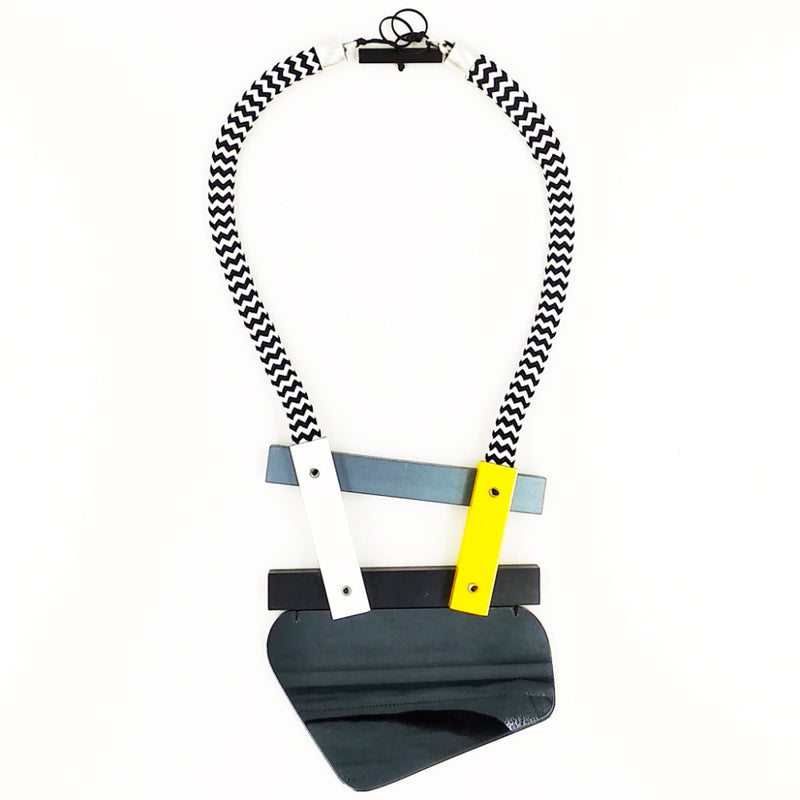CB204 Neckpiece Grey/Goldstripe Mix