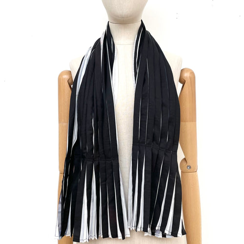 Tiffany Treloar, Reversible Printed Pleated Scarf - Tiffany Treloar
