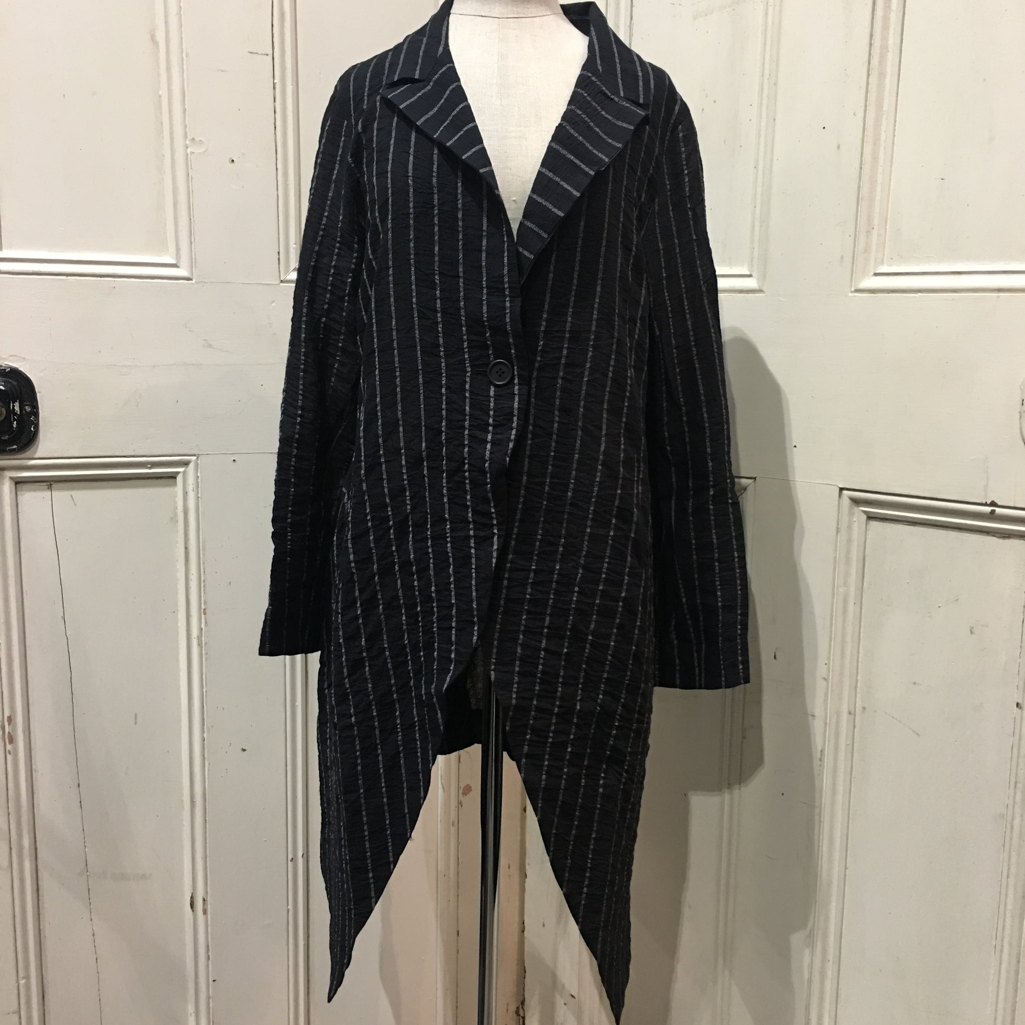 Moyuru Black White Stripe Long Jacket Art Number 181630