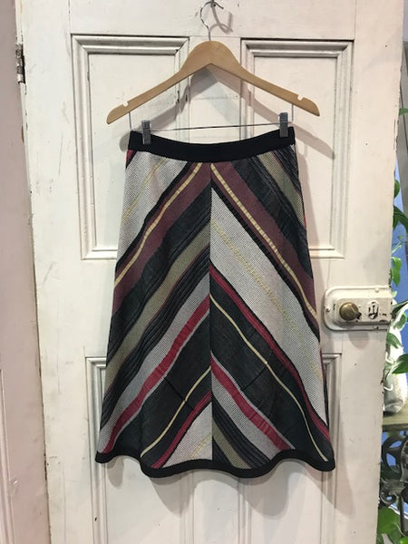 Chevron Skirt Black/Red