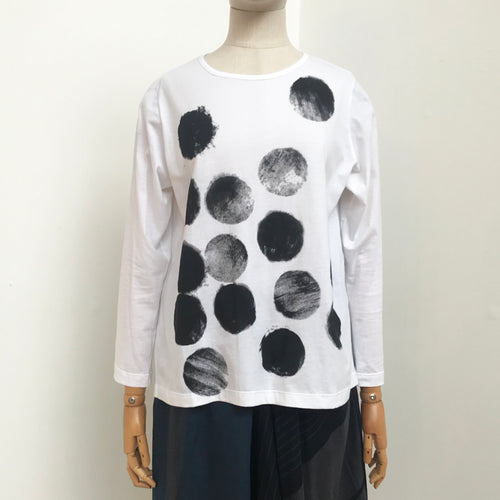 Moyuru White with Circle print Top 201429-05