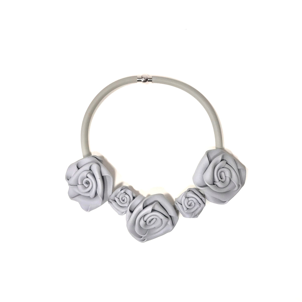 NEO, Neo 456 Pearl Grey Rose Necklace - Tiffany Treloar