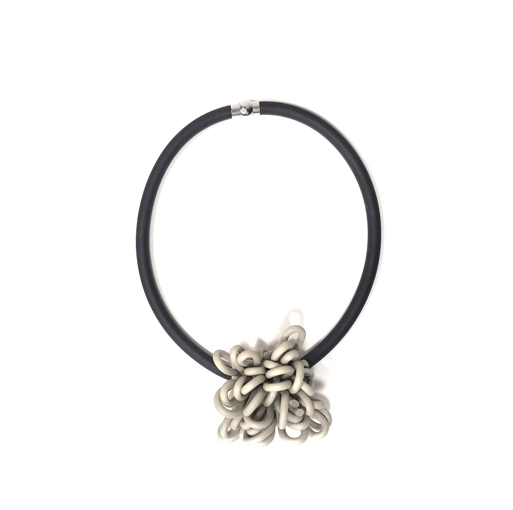 NEO, NEO 478 Ecru Short Messy Knot Necklace - Tiffany Treloar