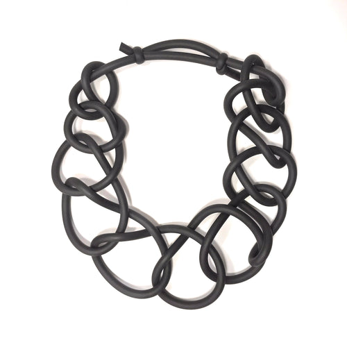 NEO, NEO 31 Black Short Thick Link Necklace - Tiffany Treloar
