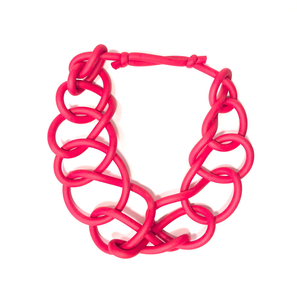 NEO, NEO 31 Red Short Thick Link Necklace - Tiffany Treloar