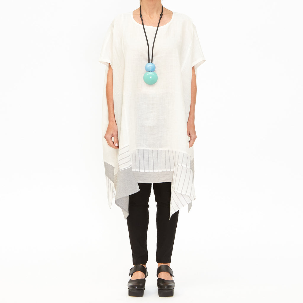 Moyuru, White Tunic with Panels 201638-01 - Tiffany Treloar