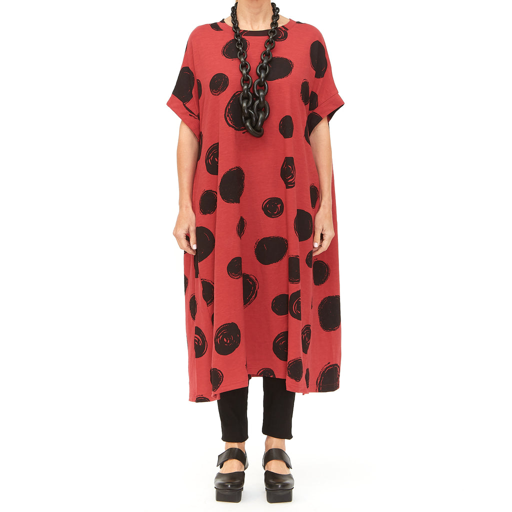 Moyuru, Red Dress with Black Circles 201009-59 - Tiffany Treloar