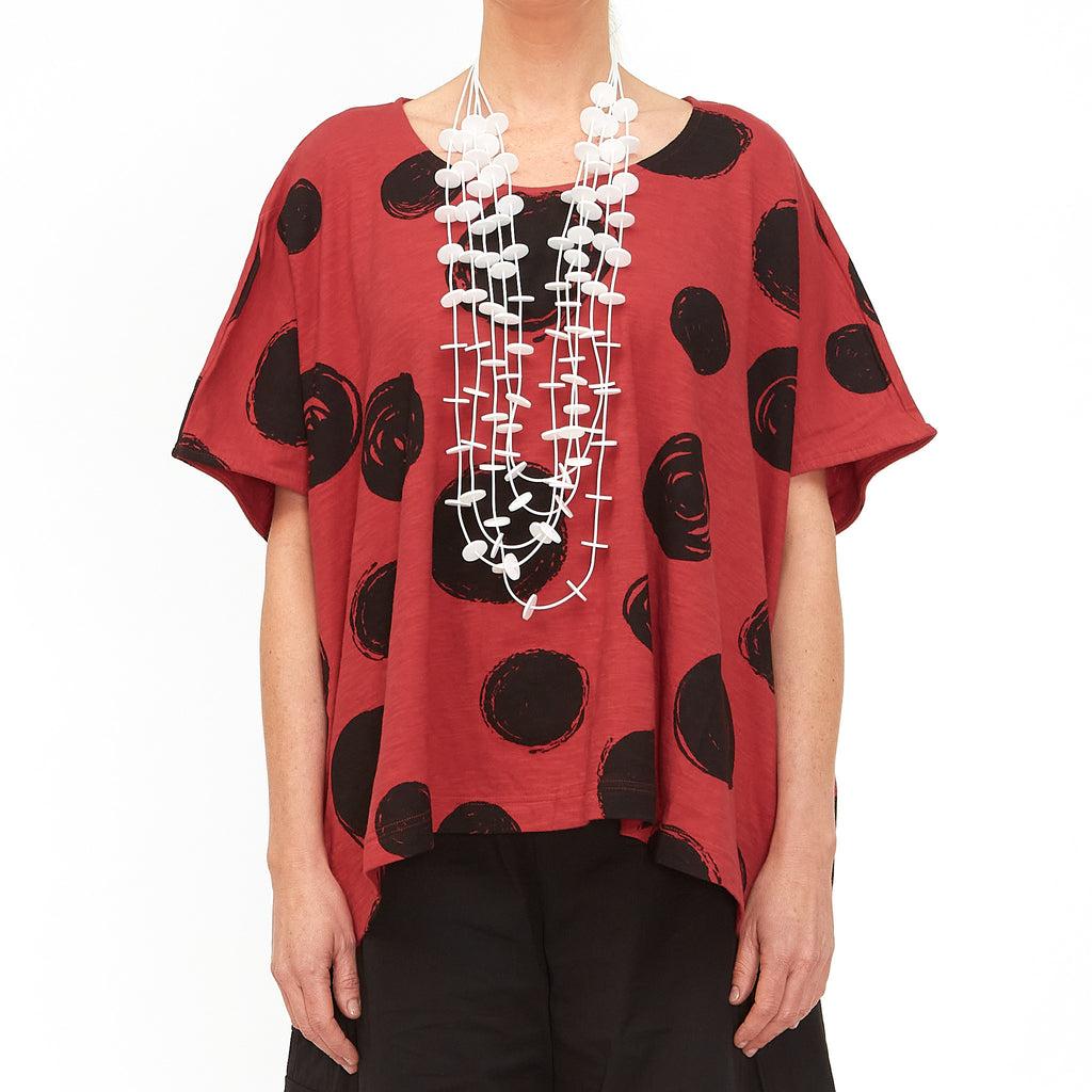 Moyuru, Red Top with Circles Print 201010-59 - Tiffany Treloar