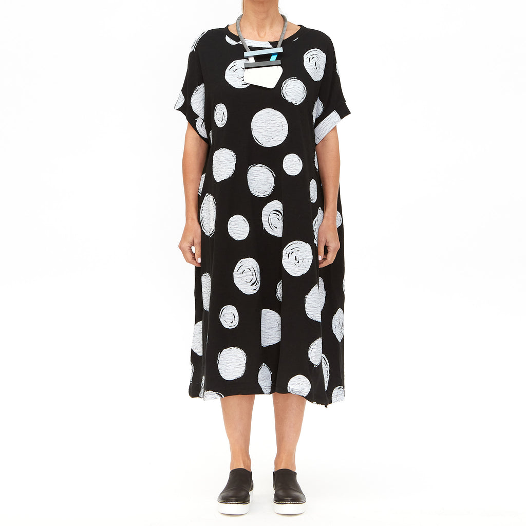 Moyuru, Black Dress with White Circles 201009-06 - Tiffany Treloar